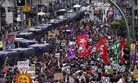 Manifestaciones protestan despidos del sector bancario español