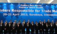 """APEC prioriza """"Metas de Bogor"""" y conectividad regional"""