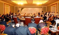 Países occidentales y árabes acuerdan proporcionar armas a rebeldes sirios