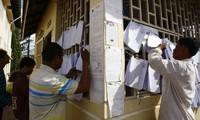 Publica Cambodia votos de partidos en elecciones parlamentarias