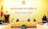 Rueda de prensa sobre la reunión ordinaria de octubre del Gobierno vietnamita