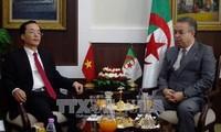 Vietnam y Argelia fortalecen la cooperación bilateral