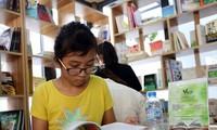 Amplias actividades por el Día Nacional del Libro en Vietnam