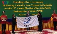 Vietnam entrega la presidencia rotativa del Foro Parlamentario de Asia-Pacífico a Camboya