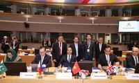 Gira del premier vietnamita por Europa demuestra responsabilidad nacional para sobre asuntos de interés global