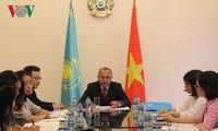 Vietnam y Kazajstán refuerzan cooperación multifacética