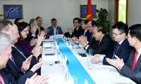 Premier vietnamita se reúne con representantes de la Unión Empresarial de Estados Unidos