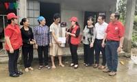 Cruz Roja de Vietnam entrega ayuda humanitaria urgente para provincias afectadas por inundaciones
