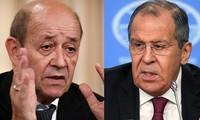 Ministro de Asuntos Exteriores francés pide reducir las tensiones con Rusia