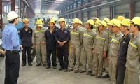 Vietnam empeñado en implementar estándares laborales internacionales
