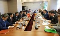 Efectúan 16 reunión del Comité Mixto sobre Cooperación Económica entre Vietnam y Rumanía