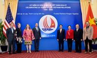 Vietnam y Estados Unidos lanzan logotipo del 25 aniversario de relaciones diplomáticas