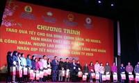 Prosiguen actividades de atención a los necesitados en Hai Duong y Long An