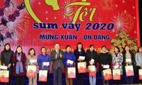 Vicejefe del Parlamento vietnamita felicita a compatriotas étnicos de Lai Chau en ocasión del Tet