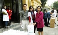 Jóvenes de Hanói despliegan actividades voluntarias dirigidas a la comunidad