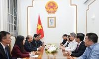 Recibe premier vietnamita al director general de la empresa Texhong Vietnam