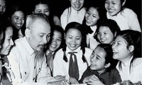 Presidente Ho Chi Minh dedicó su vida al Partido Comunista, al pueblo vietnamita y a los amigos internacionales