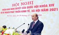 El Gobierno de Vietnam aborda tareas de 2021 en teleconferencia con las localidades