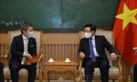 Viceprimer ministro de Vietnam recibe al director ejecutivo del grupo japonés Sumitomo Mitsui