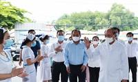 Presidente de Vietnam reafirma el objetivo prioritario de proteger la salud de sus ciudadanos