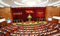 Efectúan tercera jornada del tercer pleno del Comité Central del Partido Comunista del XIII mandato