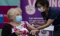 Chile registra más del 74 % de su población vacunada contra el covid-19