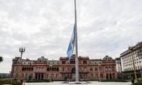 Argentina declara cinco días de duelo por las víctimas del covid-19