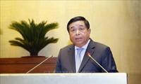 Presentan informe del plan quinquenal de desarrollo socioeconómico de Vietnam
