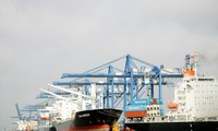 Vietnam reporta superávit comercial en septiembre