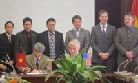 เวียดนามและนาซาลงนามแถลงการว่าด้วยความร่วมมือด้านการบินและัอวกาศฉบับแรก
