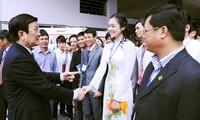 ประธานประเทศเวียดนามTrương Tấn Sangพบปะกับนักศึกษานครดานัง