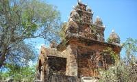 บรรดาปราสาทหินจามมีอายุนับพันปีในภาคกลางตอนล่างของเวียตนาม