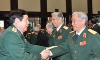 การพบปะในโอกาสฉลองครบรอบ 70 ปีการจัดตั้งกองทัพประชาชนเวียดนาม