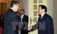 ประธานประเทศ เจืองเติ๊นซาง ให้การต้อนรับประธานสภาธุรกิจสหรัฐ-อาเซียน