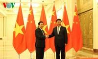 ประธานประเทศเจืองเติ๊นซางพบปะกับเลขาธิการใหญ่และประธานประเทศจีน