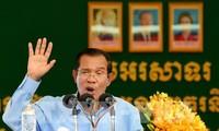 นายกรัฐมนตรีกัมพูชาเดินทางมาเวียดนามเพื่อไว้อาลัยประธานประเทศ เจิ่นด่ายกวาง