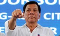 ประธานาธิบดีฟิลิปปินส์เรียกร้องให้ดำเนินยุทธนาการกวาดล้างยาเสพติดและการทุจริตคอรัปชั่น