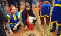 การแข่งขันหุงข้าวในหมู่บ้าน ถิเกิ๊ม