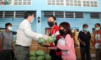 สถานประกอบการเวียดนามร่วมแรงร่วมใจกับรัฐบาลกัมพูชาป้องกันและรับมือการแพร่ระบาดของโรคโควิด-19