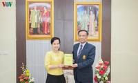 พิมพ์จำหน่ายหนังสือเกี่ยวกับประธานโฮจิมินห์เป็นภาษาอังกฤษในประเทศไทย