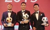 หุ่งหยุงได้รับรางวัลgolden ball เวียดนามประจำปี 2019