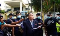 เจ้าหน้าที่การทูตของสาธารณรัฐประชาธิปไตยประชาชนเกาหลีและสมาชิกในครอบครัวเดินทางออกจากมาเลเซีย