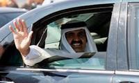 Qatari Emir pays historic visit to Gaza trip