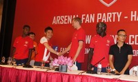 Vietnam-Arsenal friendly match kicks off