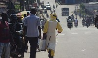 West African nations urged to control Ebola virus at border crossings