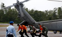 More bodies recovered from AirAsia plane crash