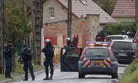 Charlie Hebdo attack: Police hunt suspects in northern France