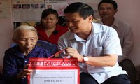 Vietnam provides timely Tet support for needy people