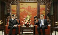 China, Japan commit efforts to improve ties