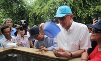 UN Deputy Secretary General inspects drought, saline intrusion in Ben Tre province